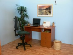PC 05 psací stůl