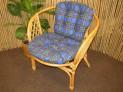 Ratanové křeslo Bahama medové polstr modrá kostka