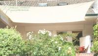 Čtyřúhelníková sluneční plachta 4 x 5 m – stínicí tkanina – barva krémová bílá