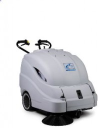 Fotogalerie: Podlahový čistič ELEKTROmaschinen SWM 4501