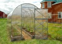 Fotogalerie: Polykarbonátový skleník Dvushka 2 m (2x2 m)